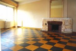 T2 84M² 450€ Rue V.Faita Nîmes