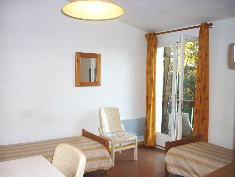Studio meublé 310€ Hauts de Nîmes