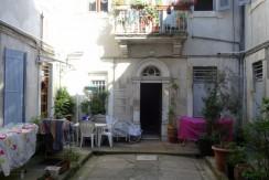 T3 Rue Delon soubeyran 112000€