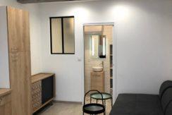 STUDIO 20m² Rue de la Vierge 380€ Nîmes centre