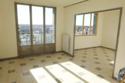 T3/4+Parking 105000€ Nîmes Capouchiné 65m²