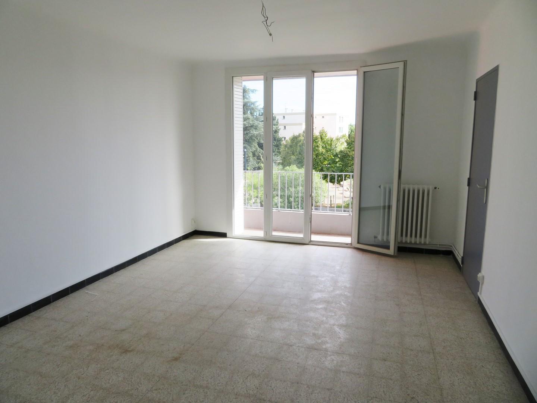 T3 55m² Nîmes Capouchiné 590€