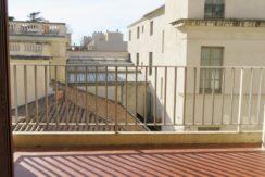 T3+GARAGE+CAVE Rue Bourdaloue Nîmes Arenes130 000€