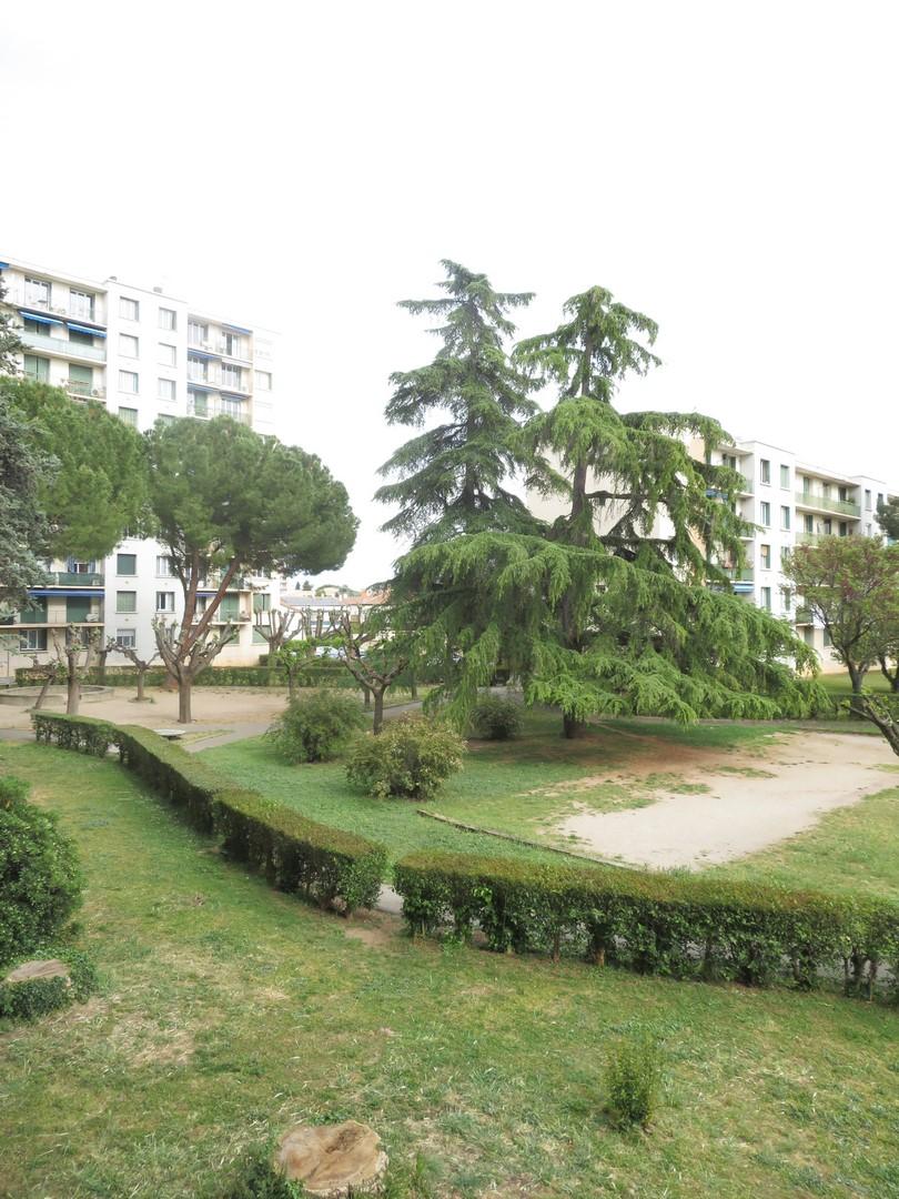 T1Bis, Rue du Vaccares, Capouchiné, 30m², 370€